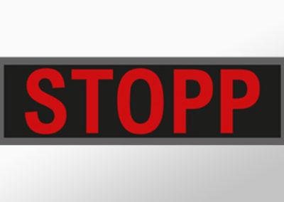 """MAN-Leuchtschild mit Text""""STOPP"""""""